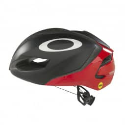 Oakley Helm ARO3 Europe red line