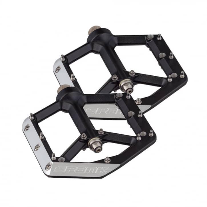 spank-spike-flat-pedale-black
