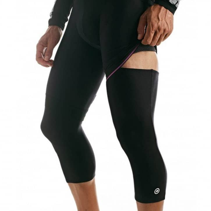 assos-kneewarmer-ev07-black-ii